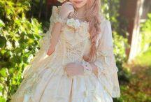 Lolita (〜^∇^)〜