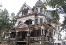 Con | Certain old houses demand to be haunted / Haunted houses/places