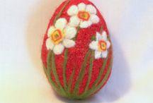 Шерстяные яйца