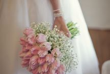 Bouquets...it's all about the BRIDE. / Variations of beautiful.
