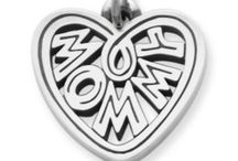 Charms for mom / by Liliana Mtz