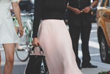 Fashion_Flowing skirt