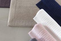 LOFT / Kolekce koupelnových předložek LOFT ze 100% česané rich soft bavlny, jemné, hebké a maximálně šetrné k Vaší pokožce.