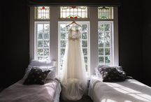 Boutique Lodge wedding / New Zealand has some amazing boutique lodges and hotels which make the perfect backdrop for an intimate wedding.