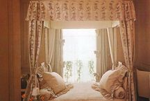Home Interiors: The Bedroom / by Lei Zimmerman
