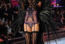 Victoria Secret Fashion Show 2011 - I put a spell on you