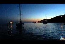 Skipperclub Settimane Veliche Corsica / Flottiglia itinerante in barca a vela nello lungo le ricche insenature della Corsica. Acque cristalline, immense spiagge di sabbia fine, piccole calette deserte e scogliere selvagge popolate di aquile di mare: la Corsica offre una diversità di paesaggi marini unica nel Mediterraneo.
