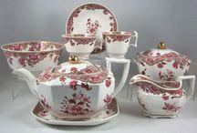aparelhos de chá e jantar