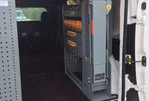 Equipamiento para furgonetas de mantenimiento / Descubre uno de los equipamientos que hemos realizado con detalle.