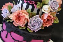 Creative Cakes / by Robin Parker