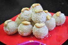 Desi Sweets / Desi Sweets, Festival sweets, Peda, laddoo, Bhapa doi, Halwa, Ande ka Metha