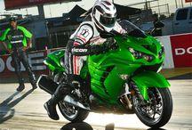 Green ninja motorbikes