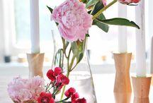 Florals: flowers, arrangements and prints / Flowers, floral arrangements and floral prints. / by Thea Neubauer