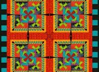 Quilts / by Gloria Ulloa