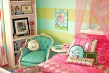 HSH-Girls' room / Someday, the girls will have to share a room and I need ideas on how to organize the chaos / by Faye Udan