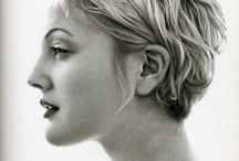 Women's midlength hair