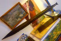 Bronze age leafshape sword / Circa 1000 BC
