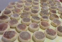 Bolos levedos ( Portuguese muffins)