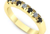 Inele de logodna aur galben / Pentru ziua cea mare ofera-i un inel de logodna din aur galben, cu pietre pretioase alese de tine!