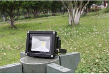 LED Flood Light / LED flood light is applicable for in shipping , dock, tunnel, shopping mall, exhibition hall, boutique, park, sculpture&decoration, the national green light project, building lighting and other places.