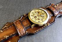 Часы и украшения