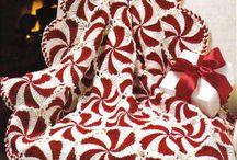 Deky,přehozyna na postele háčkováné i pletené