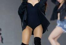Grande / Ariana Grande