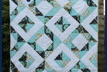 Quilting / by Marcelle Comins