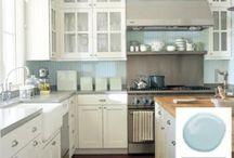 Kitchen / by Kristah Kitchen