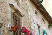 Romeo, Romeo...Italian balconies
