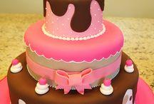 """- Festas: Bolos & Cupcakes / """"As melhores conversas são feitas em torno de um prato de bolo para deixar a alma doce."""" [Marta Felipe]"""