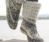 crochet Socks, crochet slippers and crochet leg warmers patterns / CROCHET Socks, slippers and warmers. Crochet patterns