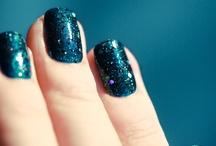 nails / by Fefa Morales