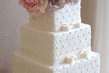 Cakes and Cakes / Bolos e mais bolos decorados .. ♡