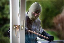 Indbrud | Break-in / Hvordan beskytter du bedst dit hus mod indbrud - få tips og gode råd på denne opslagstavle
