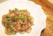 SHORT GRAIN BROWN & WILD RICE with MUSHROOMS  gluten free / Kitchen Wisdom Gluten Free Short Grain Brown & Wild Rice with Mushrooms Recipe  http://kitchenwisdomglutenfree.com/2014/05/01/short-grain-brown-wild-rice-with-mushrooms-gluten-free-forget-what-you-know-about-wheatc-2014/