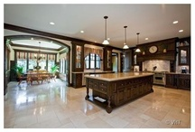 Kitchens  / Kitchens with all the amenities you must have!