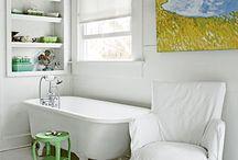 Bathrooms / by Chrw Chrw