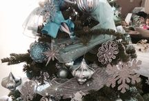 Christmas trees / Frozen