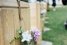 Legacy Hill Farm / Beautiful wedding floral designed by Minneapolis wedding florist Artemisia Studios at Legacy Hill Farm in Welch, MN. Photos by Whims and Joy Photography