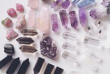 CRYSTALS / Beautiful sparkles and rocks