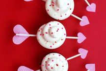 Valentines Day Cupcakes / spread the love