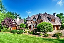 Homes For Sale & Sold! / View pictures / images of Charlotte and Lake Norman area homes for sale including luxury homes, golf homes and waterfront homes in Cornelius, Mooresville, Huntersville, Weddington and Waxhaw North Carolina.