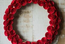 Wreaths/Coronite / Handmade Christmas wreaths made from colored paper./ Coronite de Craciun realizate manual din hartie colorata.