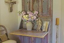 Swedish Interiors / Gustavian Style