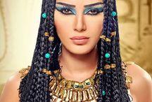 The Cleopatra Look