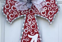 Roll Tide! / by Bonnie Reeves
