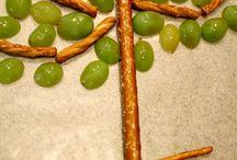 Gezonde traktaties met kinderen maken / Wil je met je kinderen een suikervrije traktatie of snack maken, bijvoorbeeld tijdens een kinderfeestje, een club of in school en kerk? Gezond snoepen en direct op te eten!