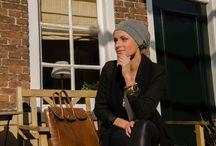 MyHead lookbook / MyHead is een unieke, luxe modebedrijf gespecialiseerd in hoeden, tulbanden, sjaals en andere hoofddeksels. Ze zijn speciaal ontworpen voor mensen met haaruitval als gevolg van kanker, chemotherapie, lupus, alopecia, Trichotillomanie of andere medische kwesties. Onze producten zijn natuurlijk ook te dragen voor mensen met haar. Vanuit je luie stoel kun je 24 uur per dag, 7 dagen per week bij ons terecht om te shoppen naar jouw MyHead. www.myhead.eu