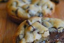 Desserts / by Leslie Garber